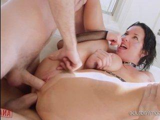 Домашнее порно: бдсм со зрелыми кисками в особняке