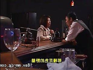 Смотреть порно видео: пьяная жена трахается с супругом на кровати