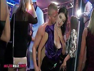 Порно пьяная девушка после ночного клуба пришла к парню — photo 12