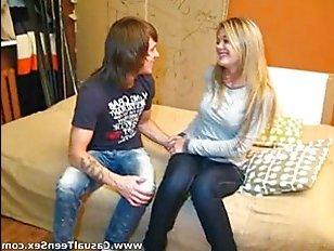 Домашнее пьяное порно с парнем и красивой девушкой